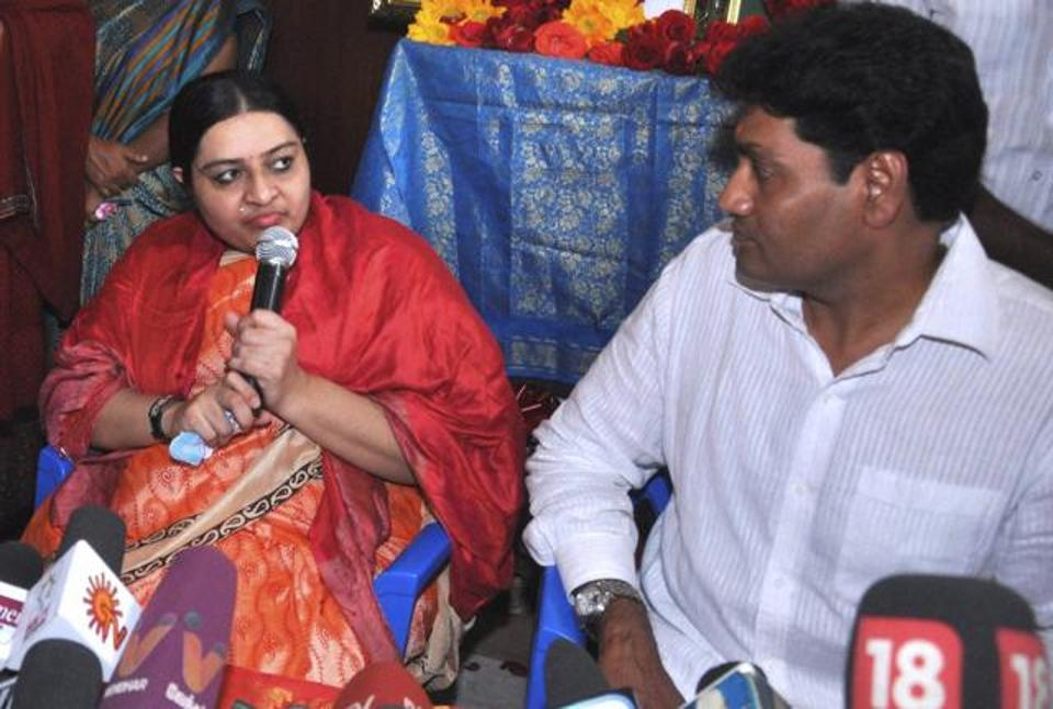 New kid in block, Jaya's niece Deepa's husband launches political party