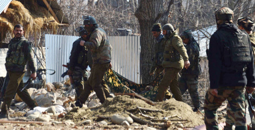 Militants kill 2 civilians, martyr 2 soldiers in Kulgam district