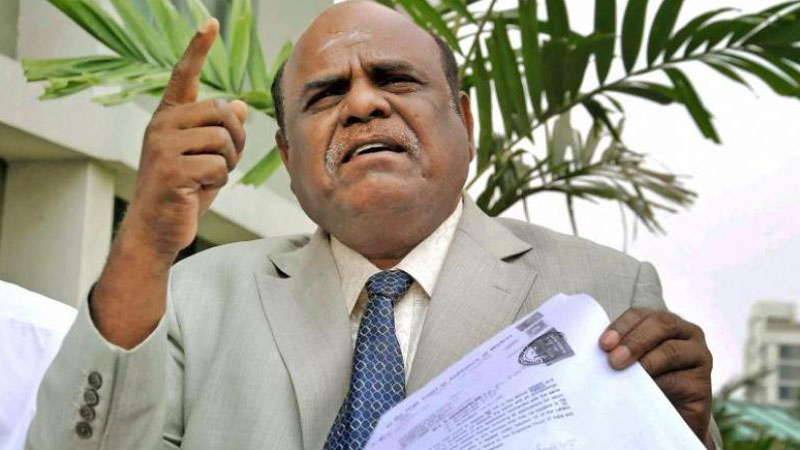 Justice Karnan 'sentences' CJI, 7 other SC judges to five years in jail