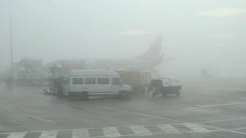 Airport in Australia shut after thick fog