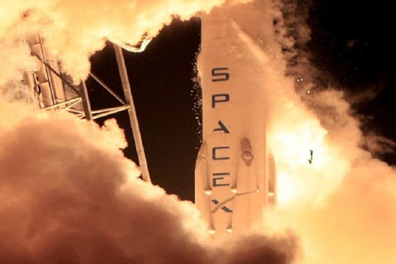 """SpaceX is targetting the launch of a """"behemoth"""" commercial communications satellite"""
