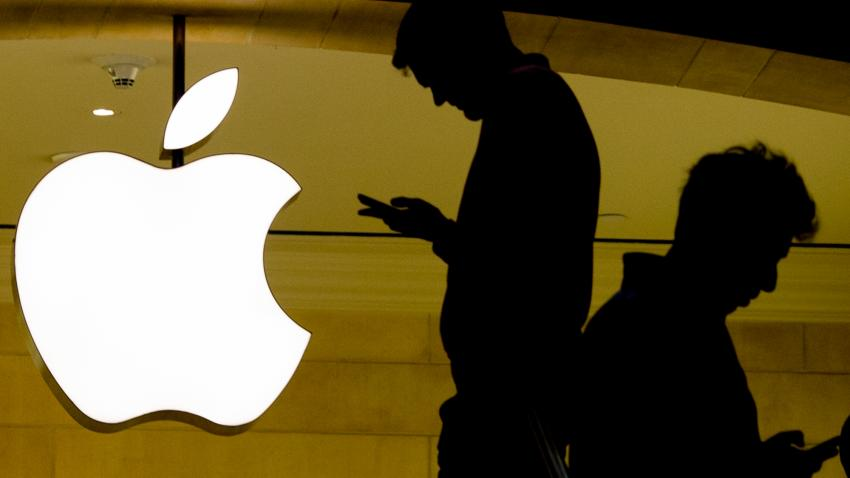 Apple warns Chinese social media apps to disable 'tip' function