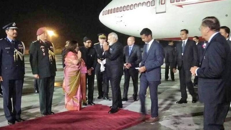 PM Narendra Modi reaches Paris for the final leg of Europe trip