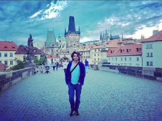 Recently Sunil along with Sugandha Mishra was spotted in Prague for a show