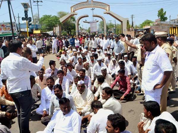 Mandsaur Farmers Protest: Fresh violence in Madhya Pradesh, farmers say police killed eight