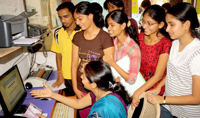According to an update in results.nic.in, UP Board Class 10th Results 2017 will be announced on June 9, 2017 at 12:30 Hrs.