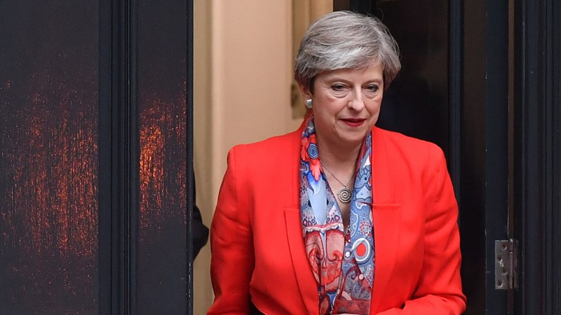 UK election 2017: Theresa May fails to claim majority, Brexit talks blur