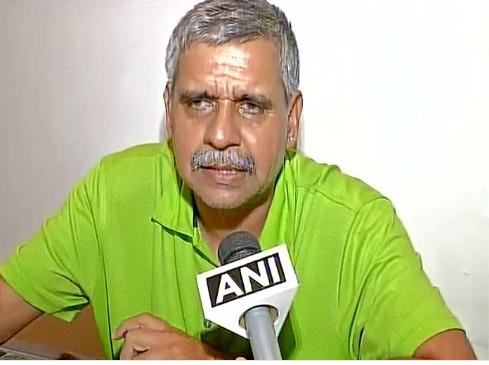 WATCH: Congress leader Sandeep Dikshit calls Army chief Bipin Rawat 'sadak ka goonda', apologizes ( Image: Twitter ANI)