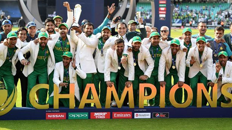 Pakistan lifts Champions trophy 2017: Cricketers congratulate