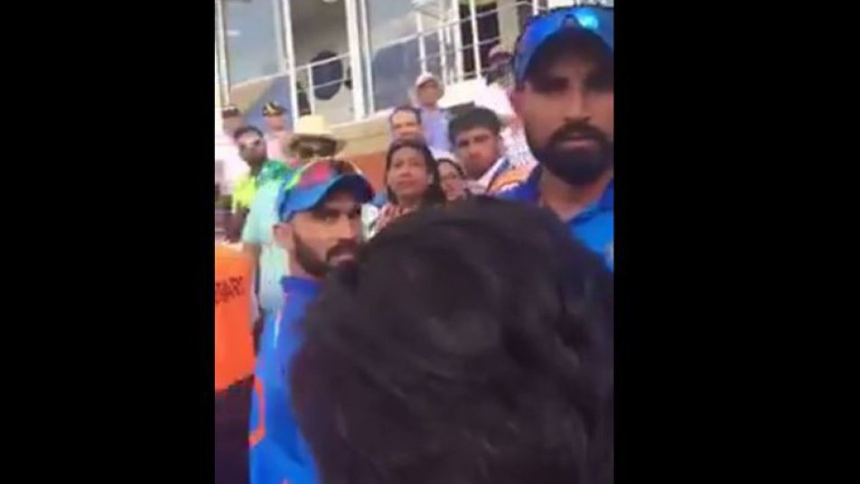 Watch: Mohammed Shami confronts pakistani fan's who chants 'baap kaun hai' in the stadium