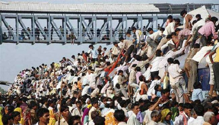 In seven years Indians will have a bigger population than China