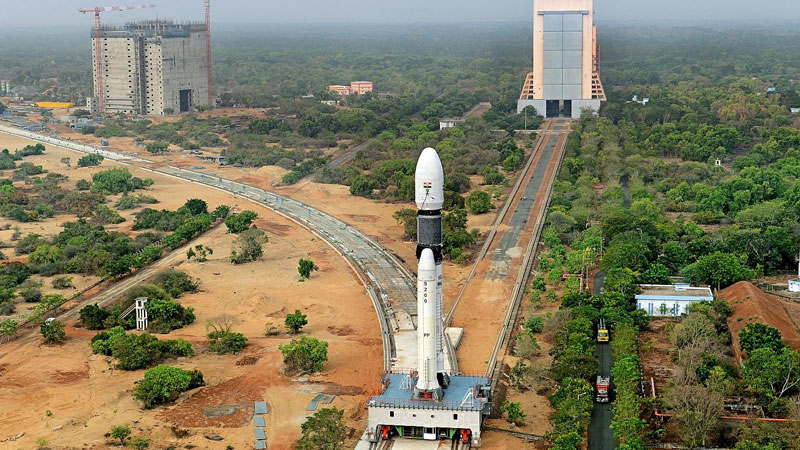 Congratulations pour in for ISRO on new milestone