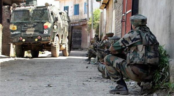 Jammu and Kashmir: Two militants killed, three soldiers injured in DPS Srinagar encounter