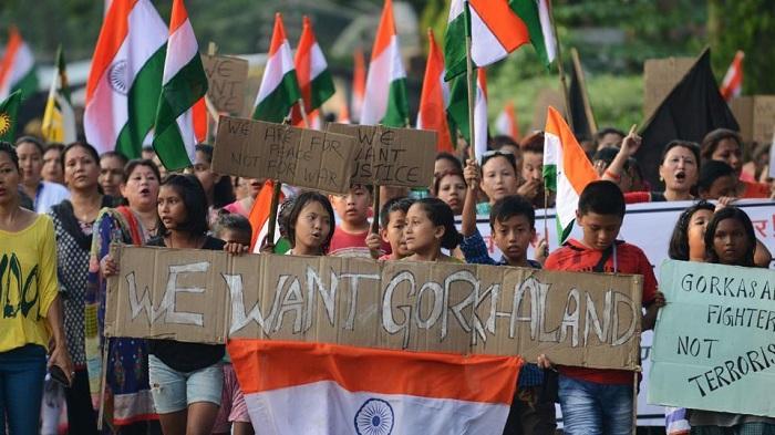 Gorkha Janamukti Morcha burnt the documents of the Gorkhaland Territorial Administration agreement