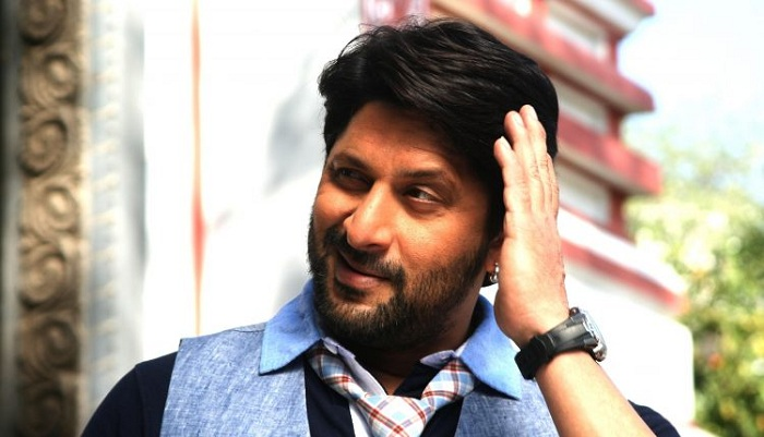 Actor Arshad Warsi,has been hospitalised after suffering a bad knee injury