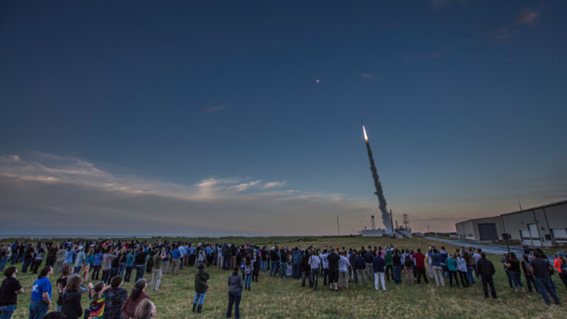 NASA successfully launches sounding rocket, creates artificial colourful clouds