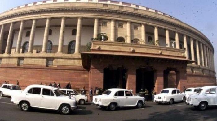 Lok Sabha was adjourned after obituary references to Vinod Khanna