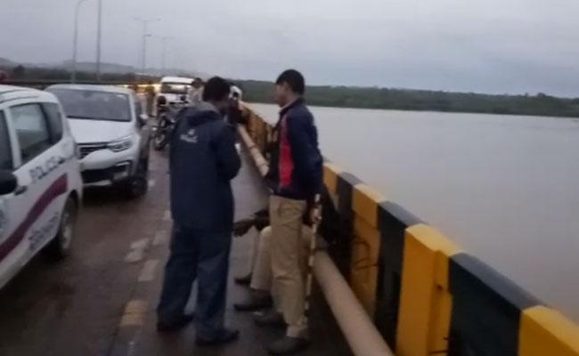 Cops searching CCD owner at Netravati River Bridge