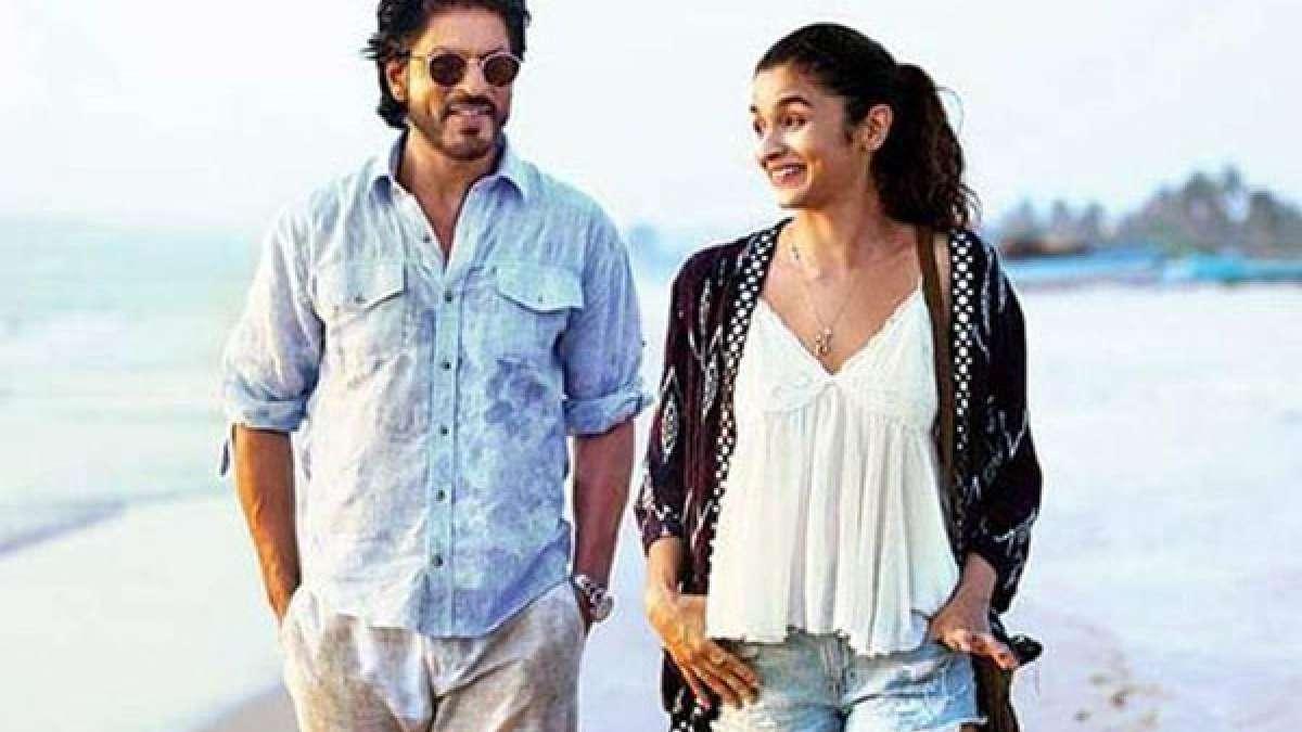 Shah Rukh Khan and Alia Bhatt in Dear Zindagi teaser (Screen grab)