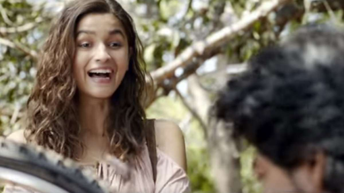 Alia Bhatt and her jokes annoy Shah Rukh Khan in Dear Zindagi second teaser
