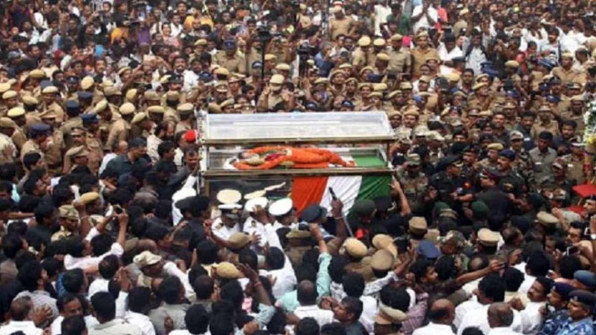 J Jayalalithaa buried at the Marina beach