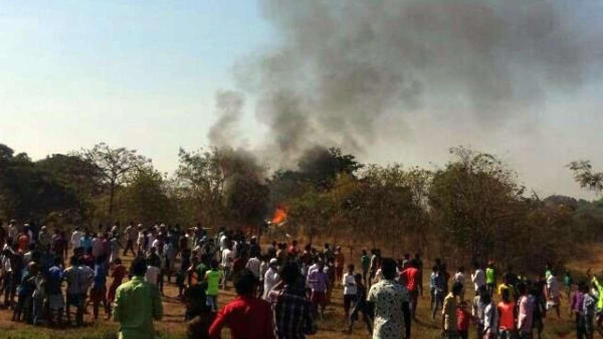 Mumbai: Helicopter crash in Aarey Colony