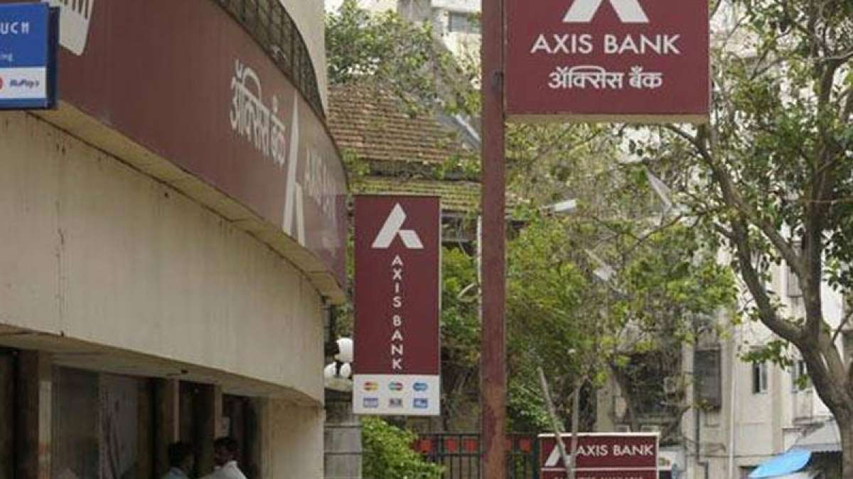 Raid at Axis Bank's Noida branch