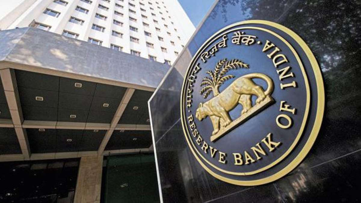 Two Reserve Bank of India officials arrested for illegal exchange of old currency
