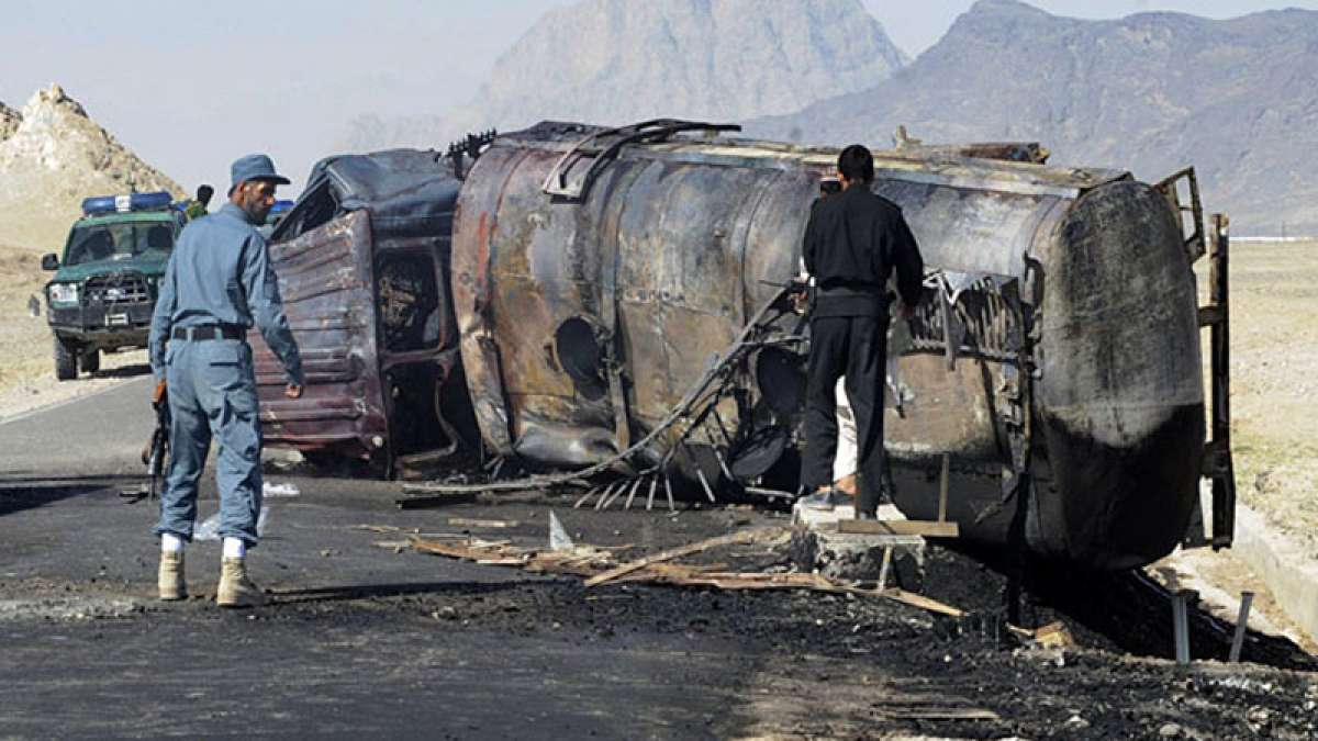 Bus collides with fuel tanker in Afghanistan