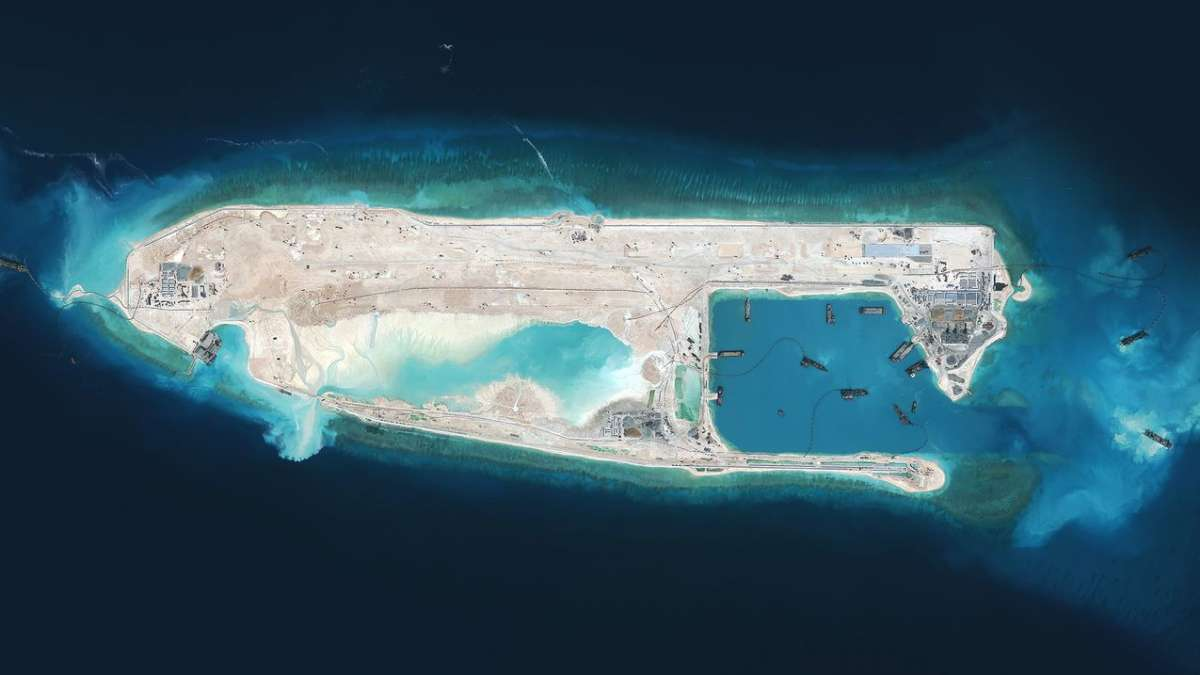 Chinese daily: US risks 'war' over South China Sea