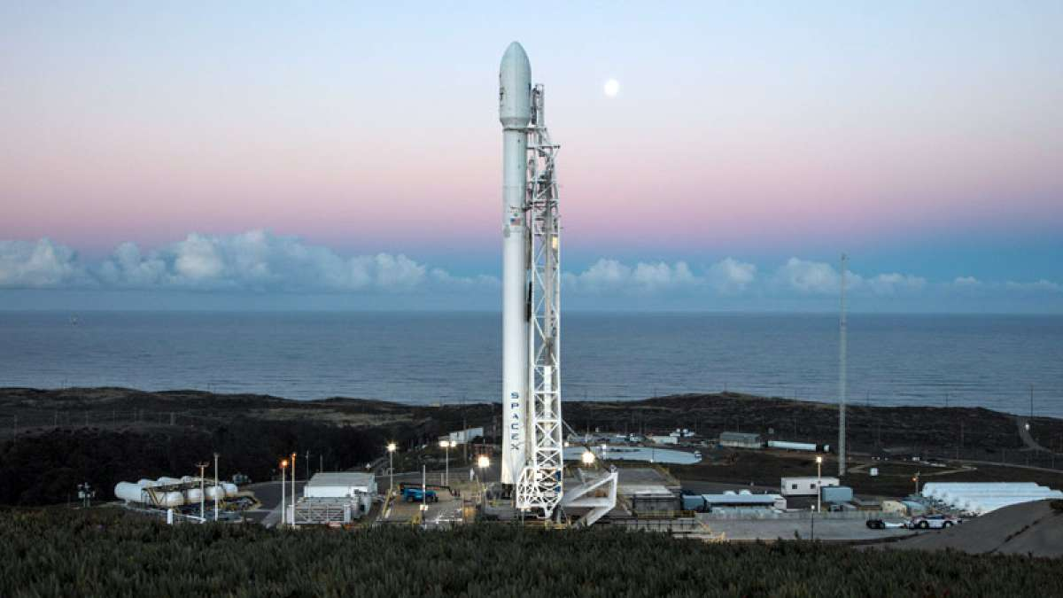 SpaceX launches Falcon 9 rocket successfully