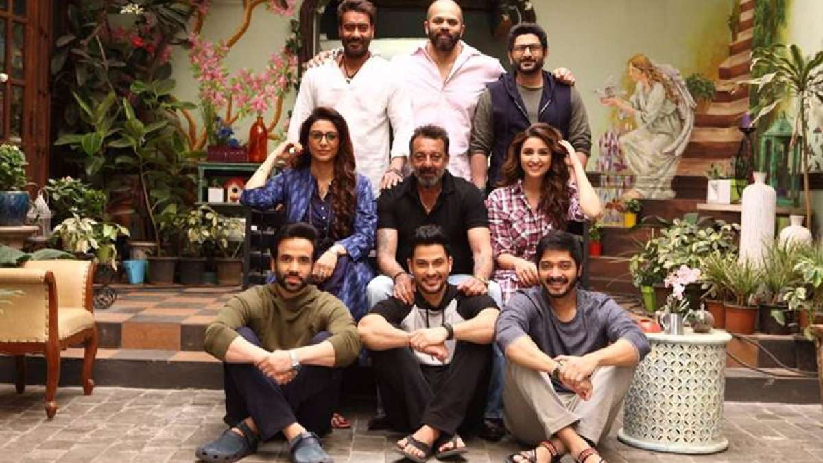 Sanjay Dutt meets star cast of Rohit Shetty's upcoming movie 'Golmaal Again'