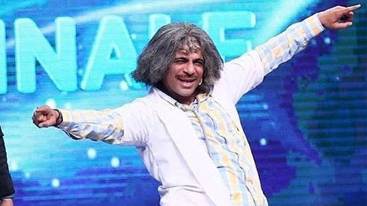 Sunil Grover as Dr Mashoor Gulati on Indian Idol Grand Finale