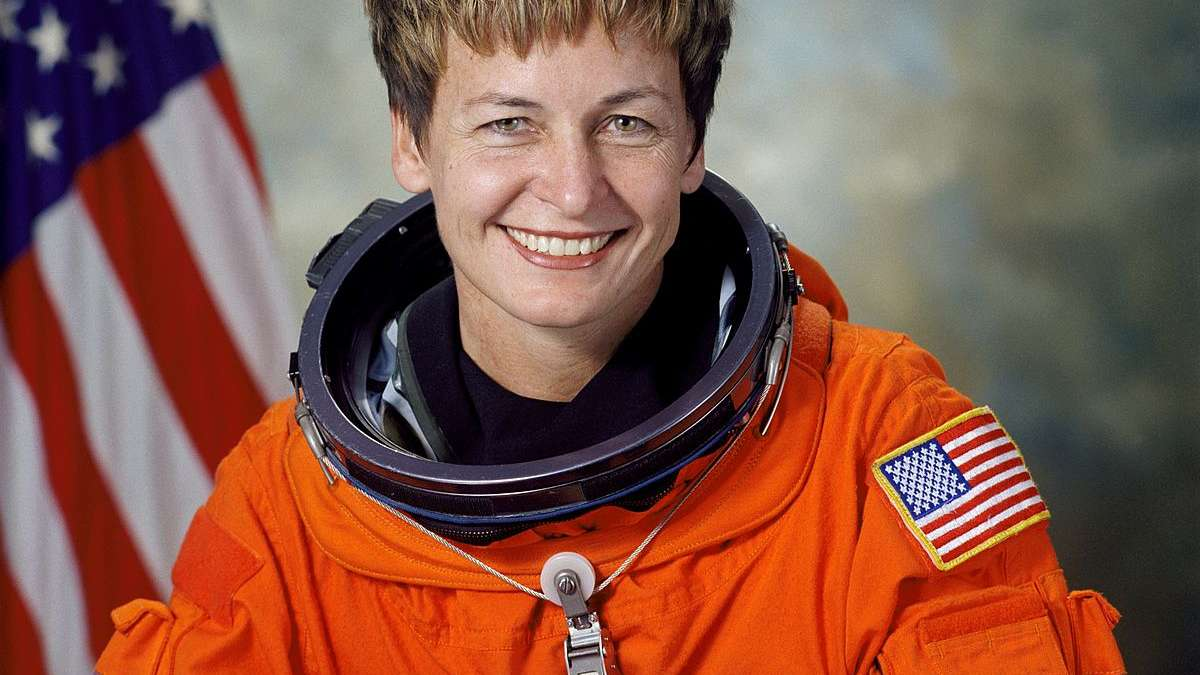 Donald Trump makes special call to US astronaut Peggy Whitson who sets space record