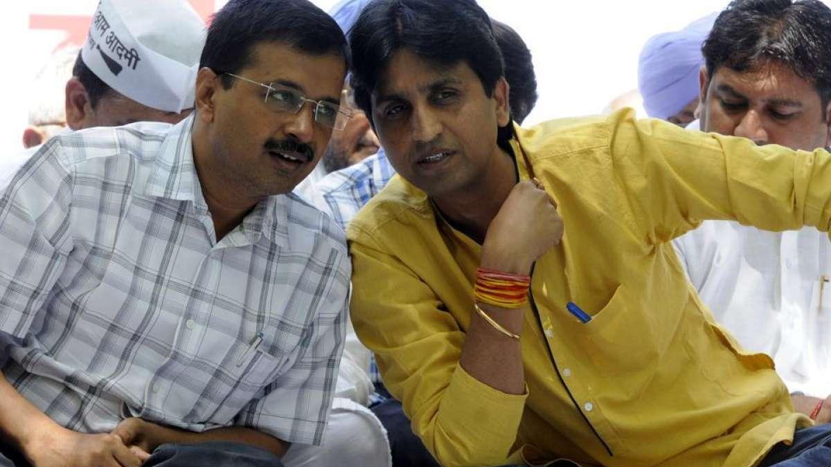 AAP Crisis: Kumar Vishwas defends Arvind Kejriwal over alleged corruption charges