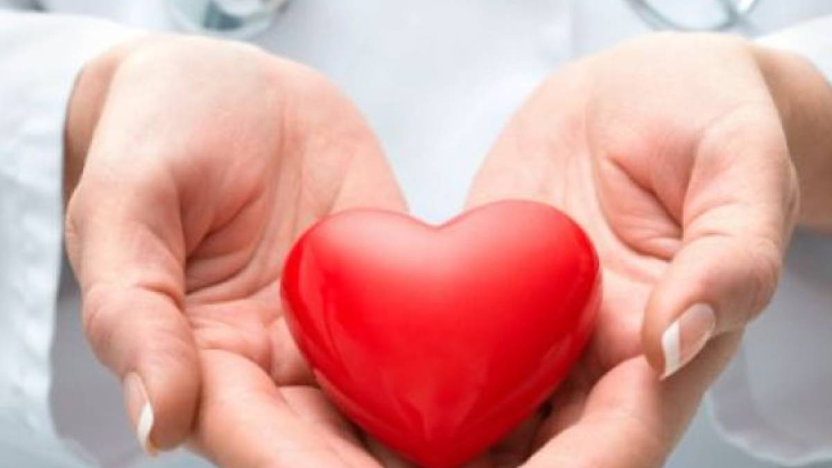 A novel e-health tool in the form of a pre-programmed tablet can help heart failure patients to manage their disease including drug dosages, say researchers.