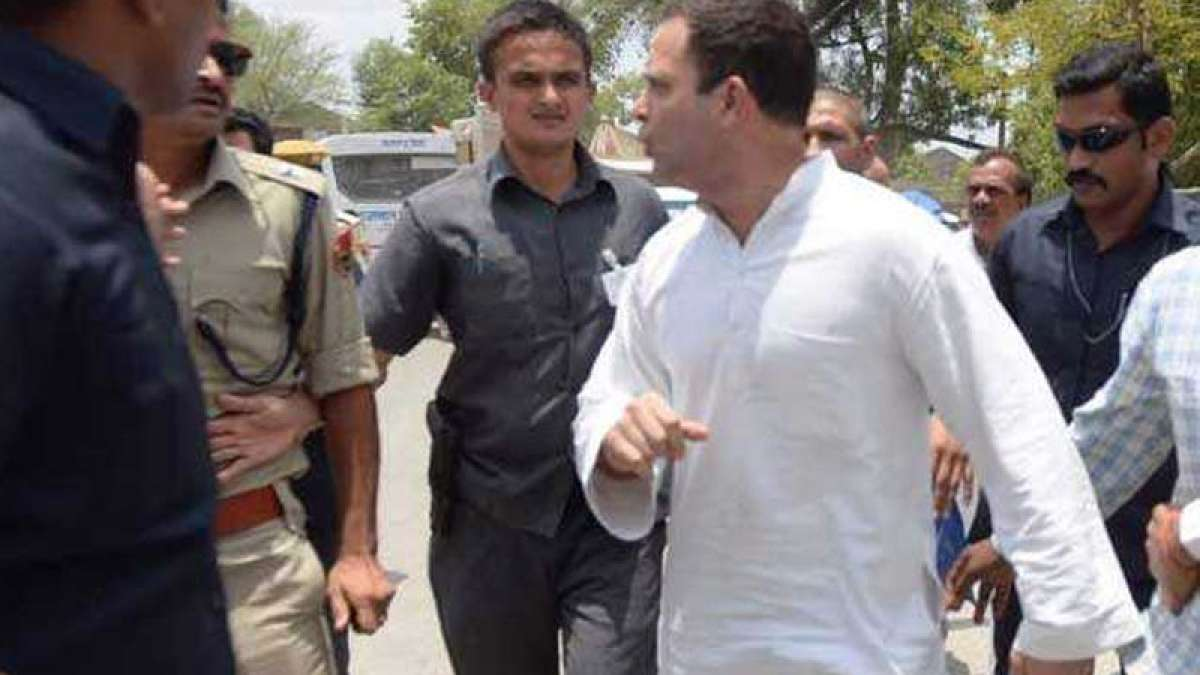Rahul Gandhi escapes security circle on bike in Madhya Pradesh