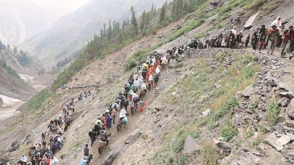 A fresh batch of 4,477 pilgrims left winter capital Jammu to perform the Amarnath Yatra