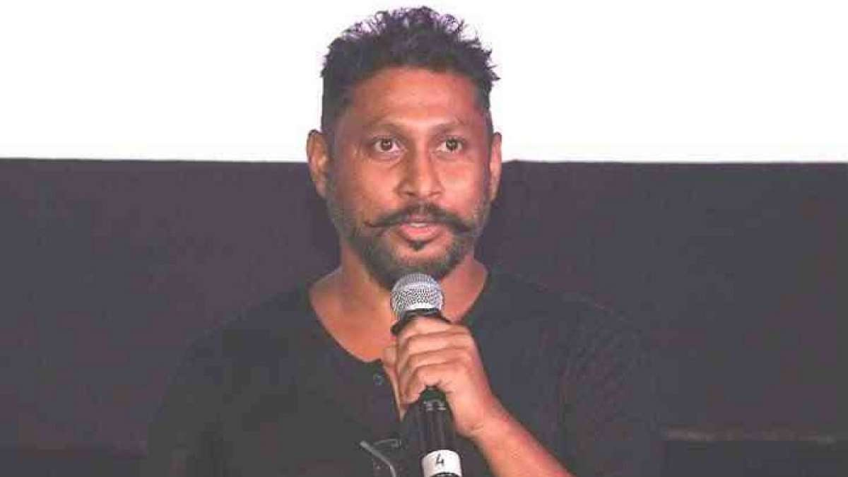 Flmmaker Shoojit Sircar has requested authorities to ban reality TV shows that have the little ones as participants