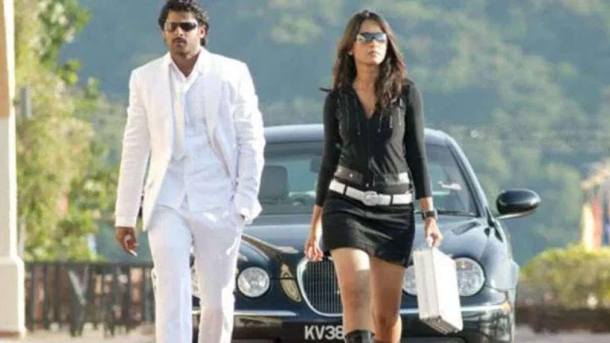Anushka Shetty to make Hindi debut with Prabhas in Saaho