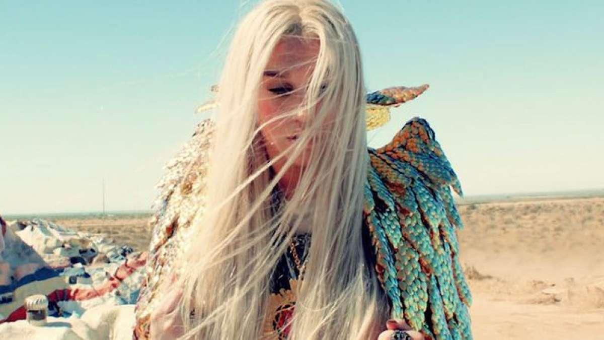 Kesha in new song 'praying'
