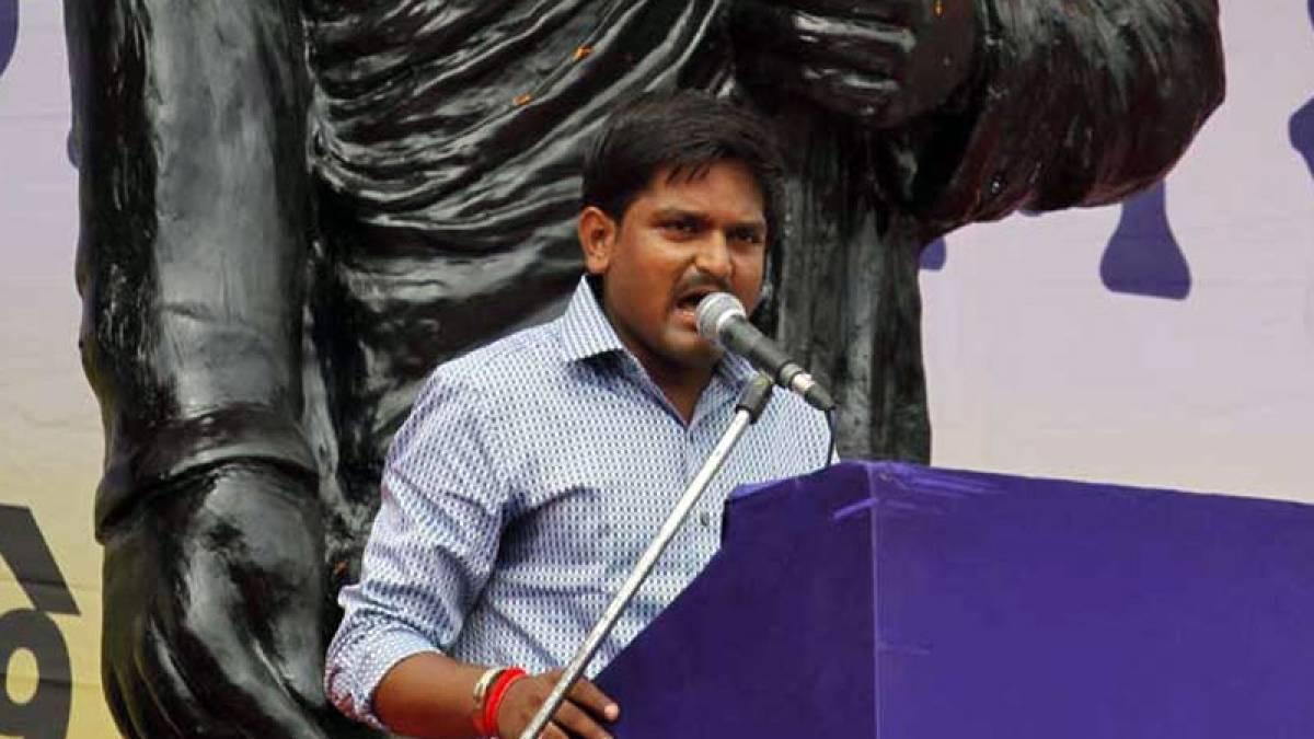 Patidar agitation spearhead Hardik Patel was detained