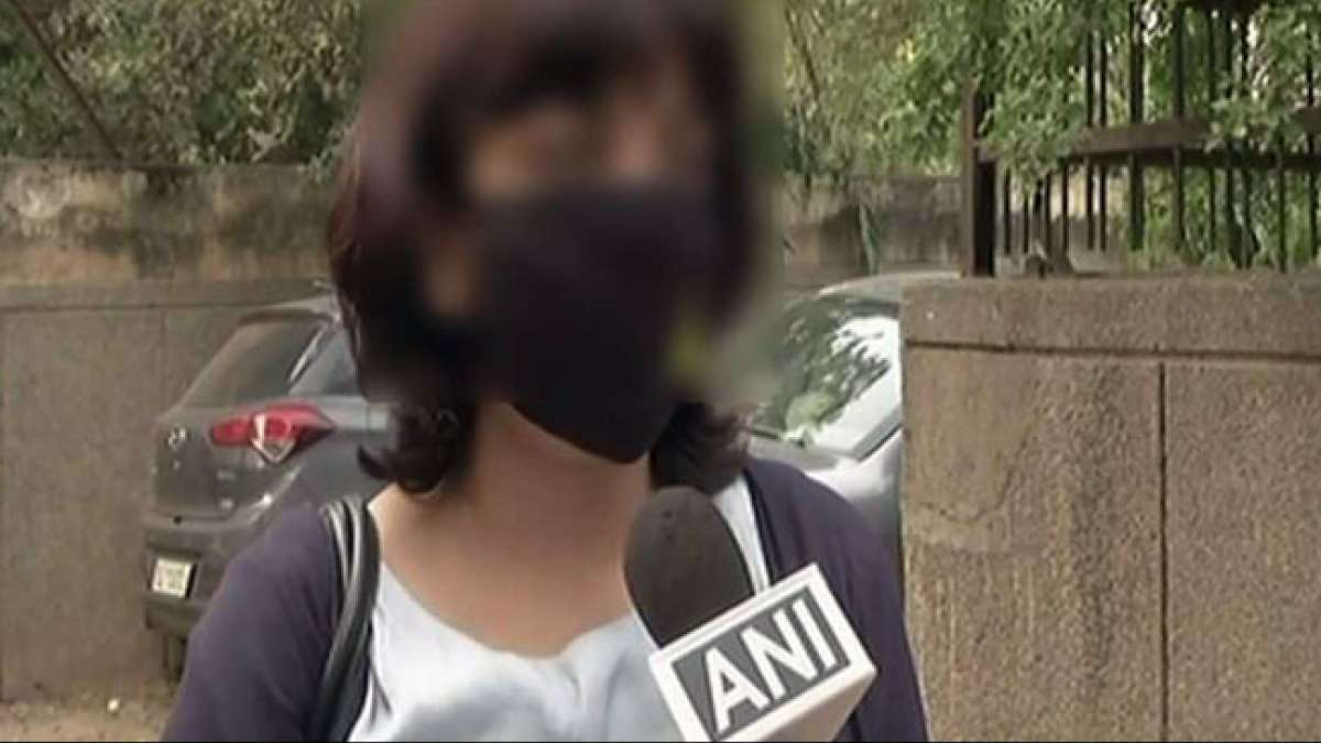 Delhi: Woman molested at workplace in Connaught Place,Masturbates in front of her