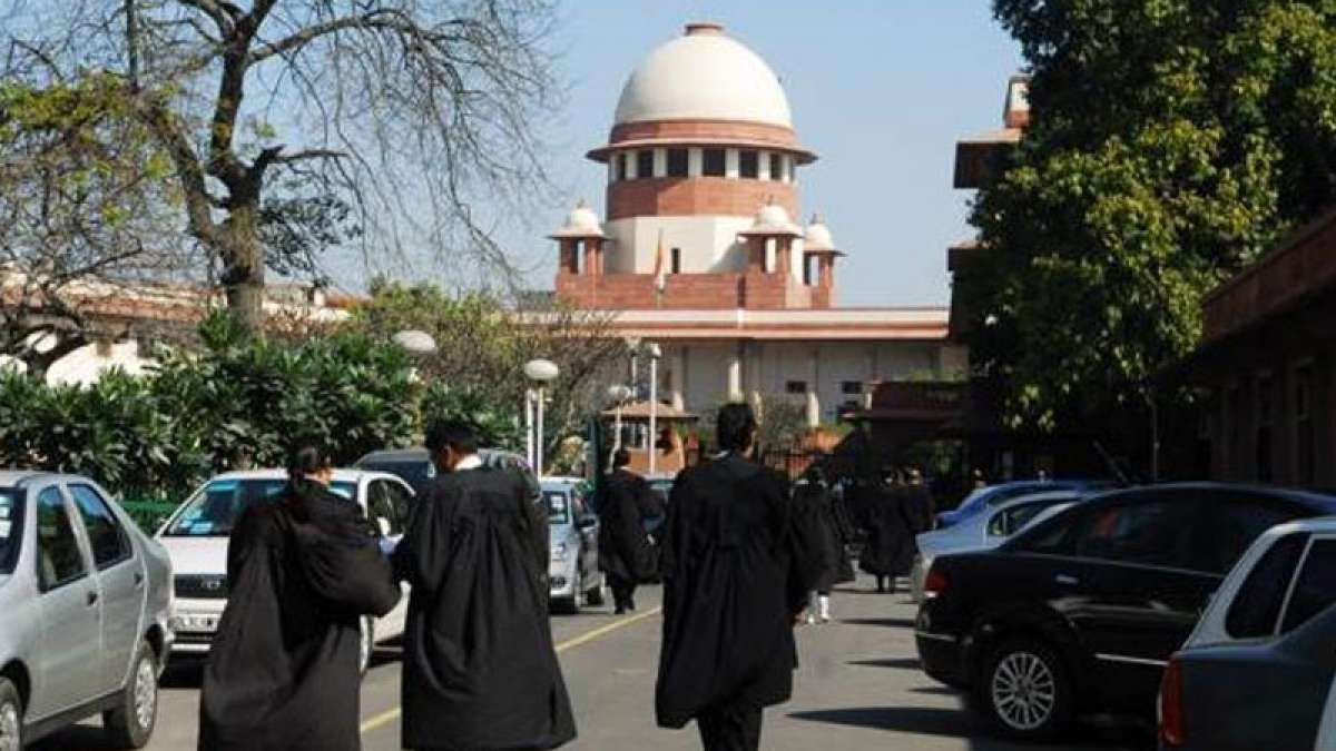 Cap lawyers' fees to maintain ethics in legal profession: SC to Centre