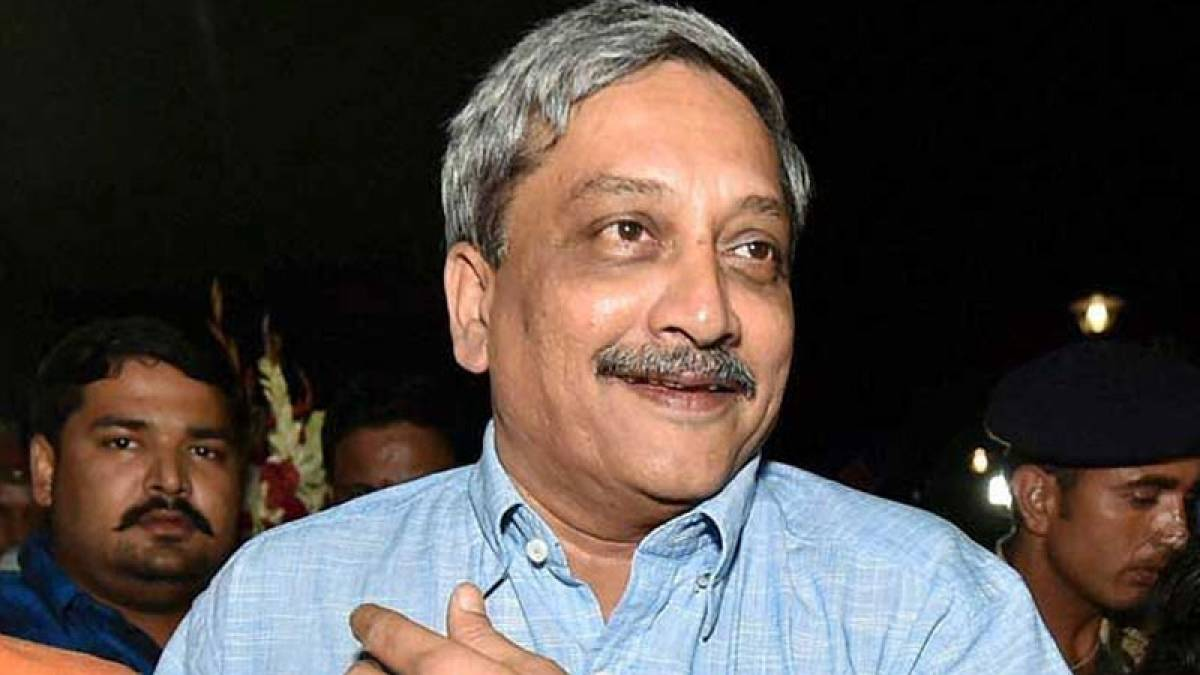 Mobiles phones were kept off while planning surgical strikes: Parrikar
