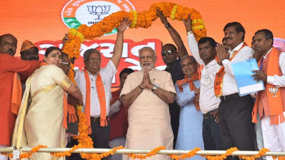BJP retains Gujarat just barely, snatches Himachal from Congress