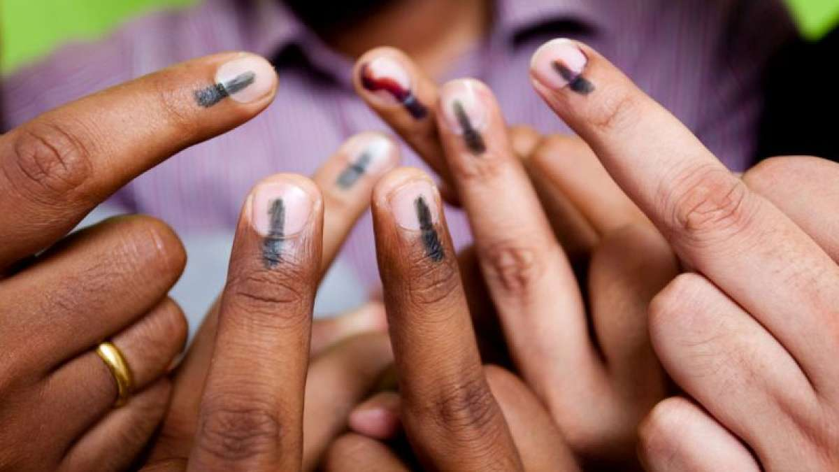 Brisk polling underway in R.K.Nagar by-poll