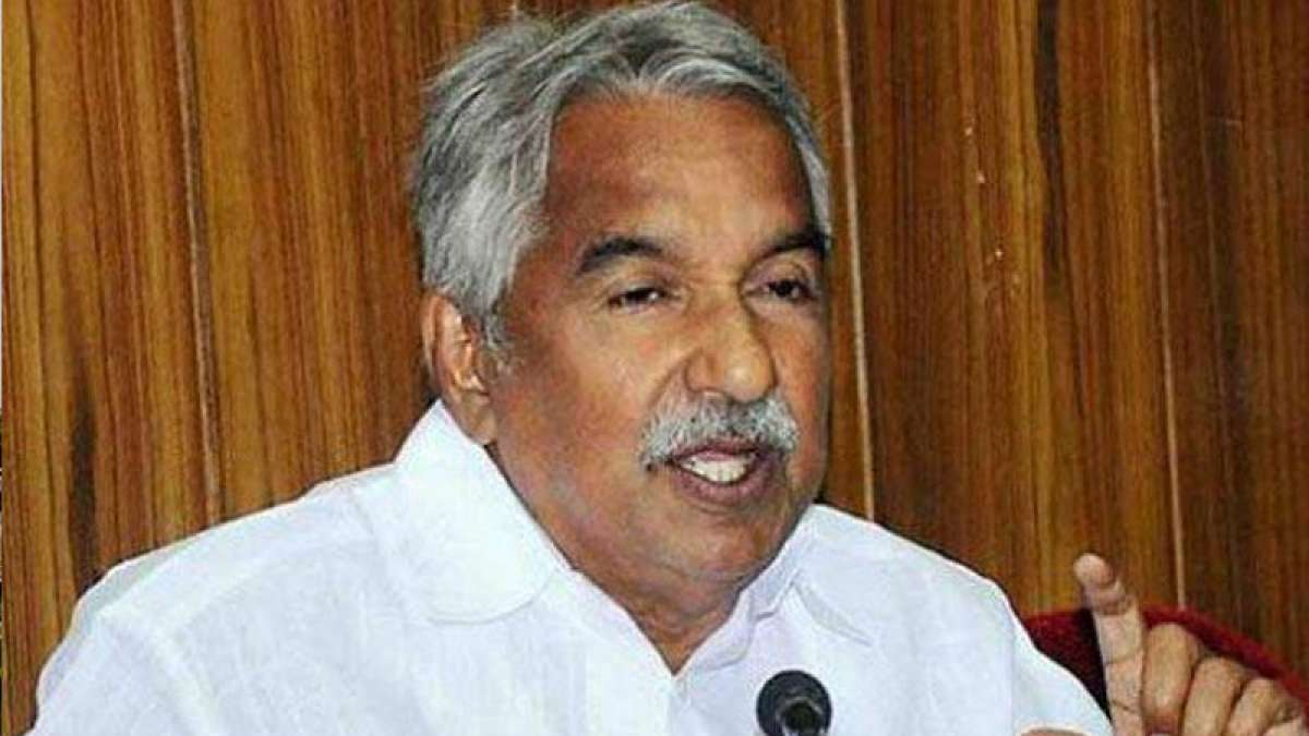 Oommen Chandy, Shashi Tharoor likely to make it to CWC list