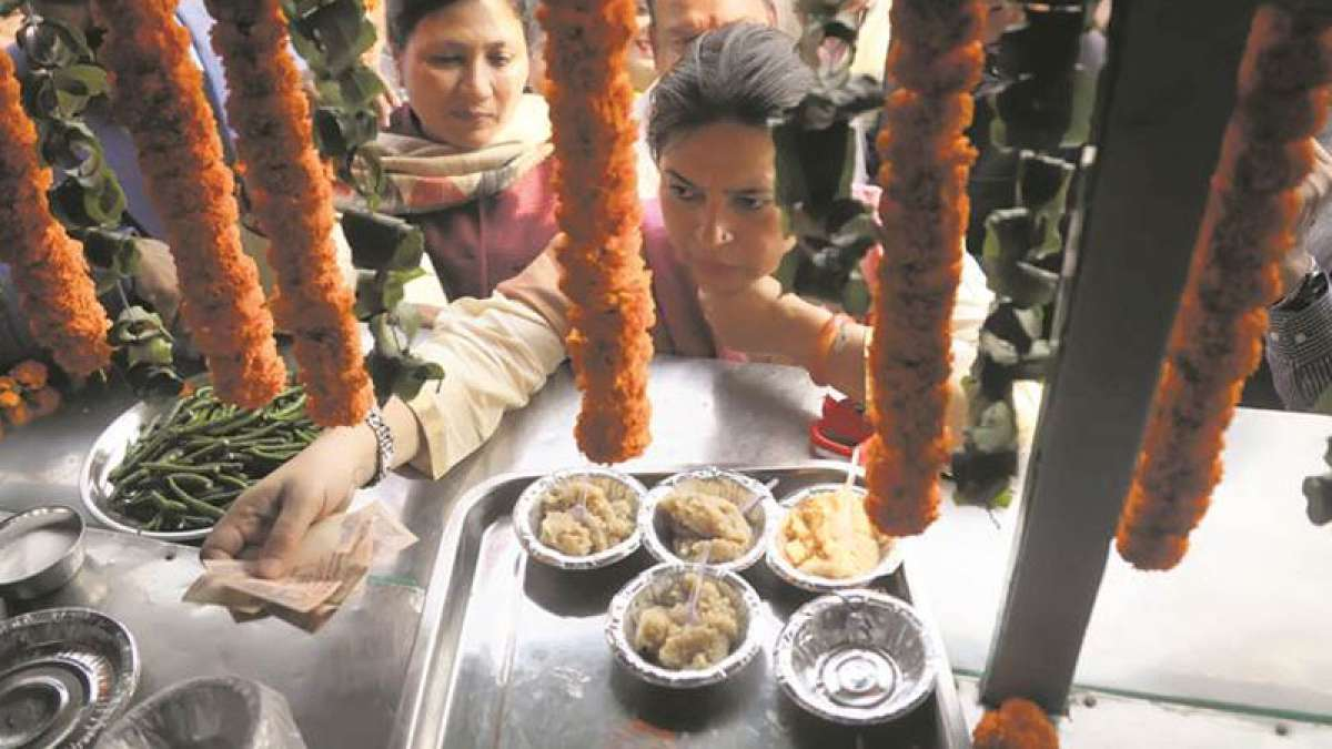 'Atal Jan Aahaar Kendra' launched in Delhi, to serve lunch for Rs 10