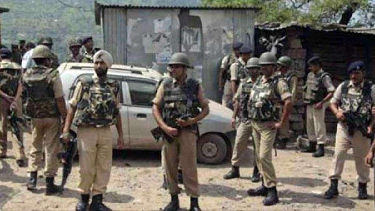 3 jawans injured as terrorist attack CRPF camp in Pulwama